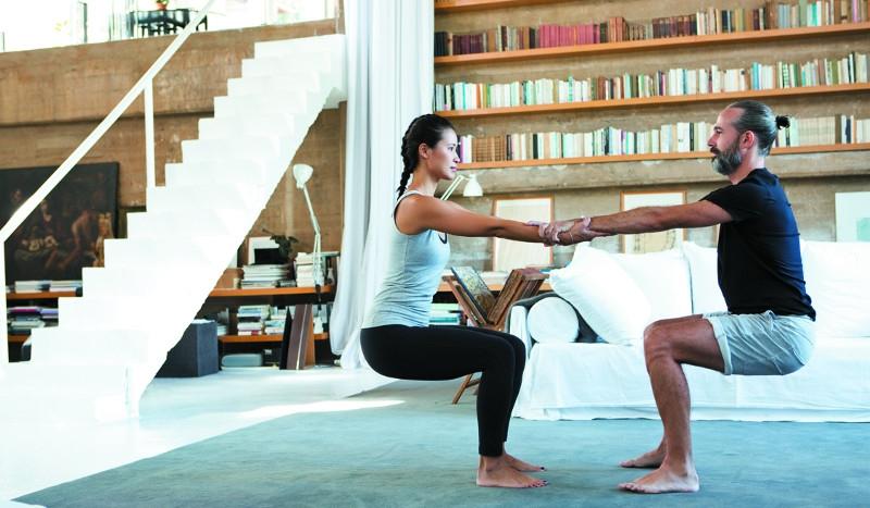 Imágenes de Yoga en pareja