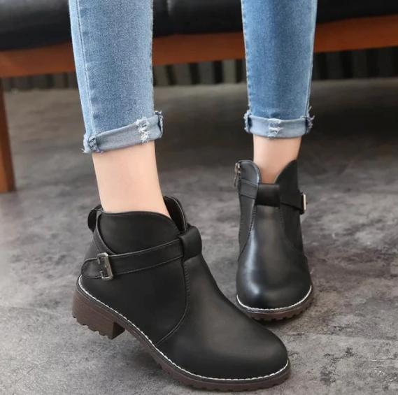 zapatos para mujeres jovenes