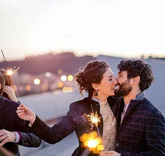 besos romanticos de año nuevo